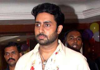 abhishek bachchan sweats out in gym - India TV