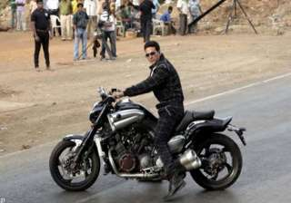akshay plays bike riding almighty in oh my god -...