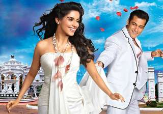 asin is one of the better actresses says co star...
