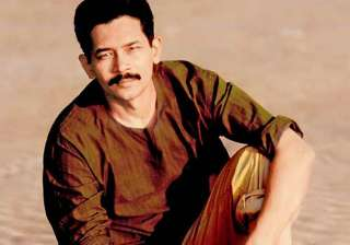 atul kulkarni debuts on hindi tv channel - India...