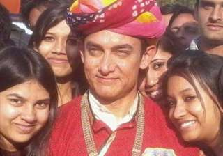 aamir khan in trouble case filed against pk...