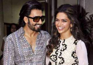deepika stay over at ranveer s residence see pics...