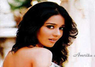 i m not getting bengali film offers says amrita...