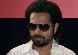 emraan ups his fee says it s a safe price - India...