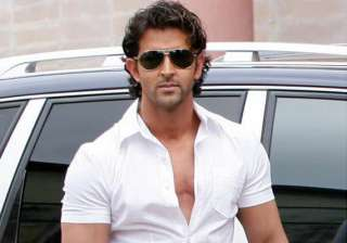 hrithik feels he is a bad actor - India TV