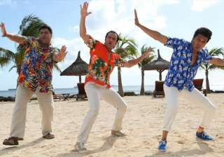 humshakals mints rs 40.13 cr in weekend know why...