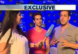 india tv exclusive interview salman khan wants to...