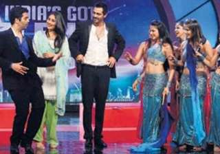 karan johar does a belly dance - India TV