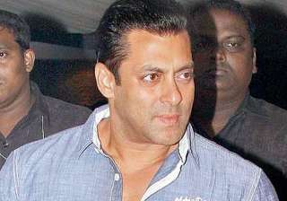salman khan faces protests for supporting sri...