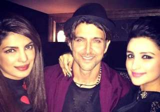 hrithik roshan birthday party chopra sisters join...