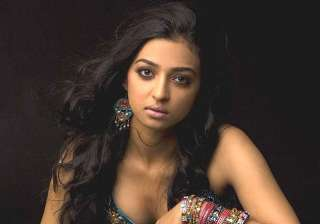 radhika apte s nude video scandal confusion over...