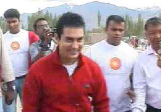 all is not well says aamir in leh - India TV