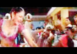 sanjay wants maanayata s item song to stay in...