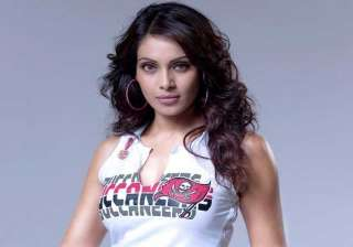 bipasha basu to introduce new season of aahat -...