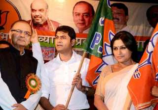 actress roopa ganguly joins bjp - India TV