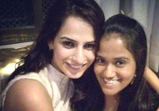 arpita khan motivates friend kashmira irani of...