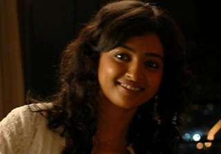 radhika apte lands role in british play - India TV