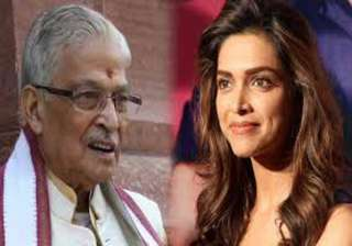 murli manohar joshi flays deepika s video - India...