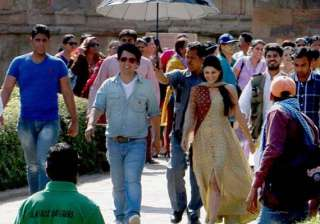 jacqueline fernandez loved shooting kick in delhi...