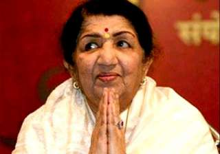 lata mangeshkar slams her death rumours tweets...
