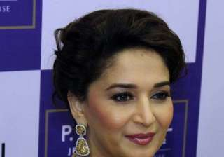 why was madhuri dixit asked to leave vip lounge -...