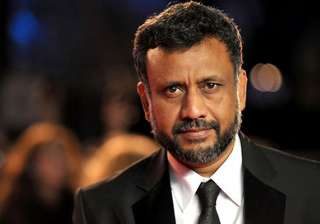 nervous anubhav sinha gives sneak peek of warning...