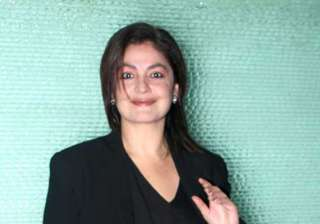 pooja bhatt walks out of bad with the title -...