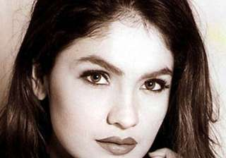 pooja bhatt yet to finalise actress for cabaret -...