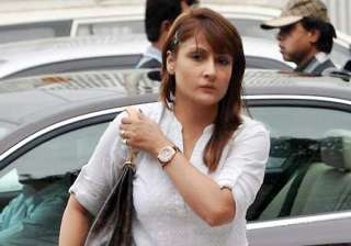 rs 51 000 cash stolen from tv actor urvashi...