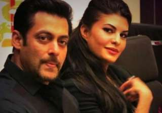 salman khan only jacqueline can replace zeenat...