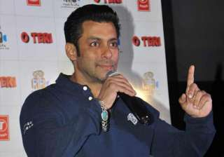 salman takes lead in o teri promotions for kamaal...