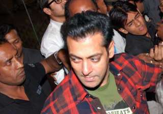 salman gets his ek tha tiger ready for eid -...
