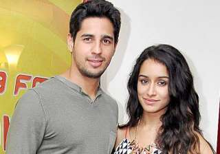 shraddha sidharth sad for comedy nights with...