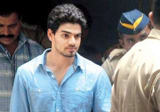 sooraj pancholi to enter bigg boss saath 7 -...