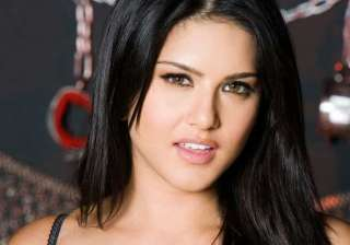 sunny leone open to interesting tv offers - India...