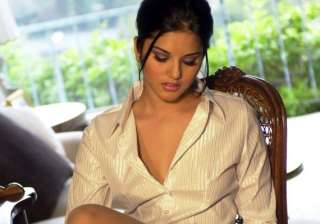sunny will do the lead role in jism 2 says pooja...