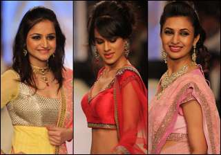 telly bahus walk the ramp for iijw 2013 - India TV