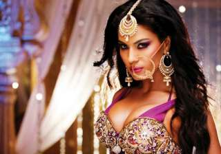 veena malik excited about double role in film -...