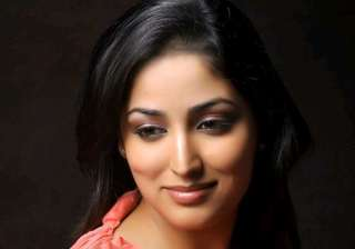 yami gautam supports food for soul campaign -...