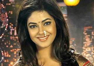 meera chopra happy to be part of gang of ghost -...