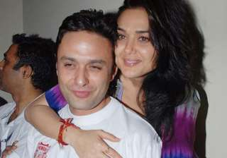 i applaud preity s decision stand by her santoshi...