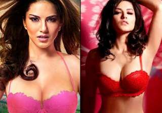 after seducing in ragini mms 2 sunny leone is all...