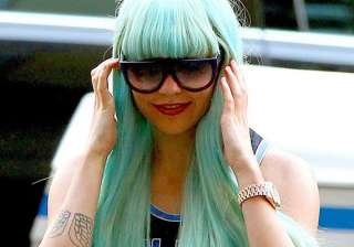 amanda bynes shifts to the canyon for treatment -...