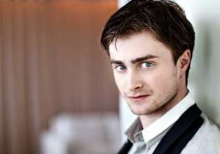daniel radcliffe back to nerdy look - India TV