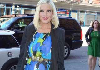 financially unstable tori spelling hasn t bought...