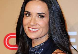 friend says on call demi moore was convulsing -...