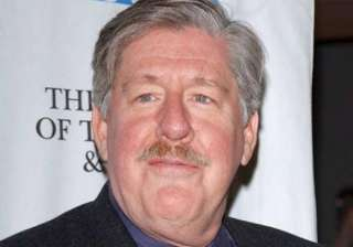 actor edward herrmann is no more - India TV