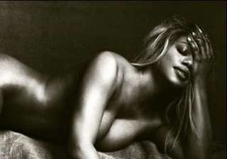 laverne cox goes nude for transgenders...