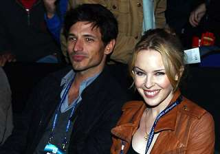 it s a splitsville for kylie minogue and beau...