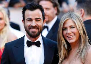 jennifer aniston hosts lavish bash for beau -...
